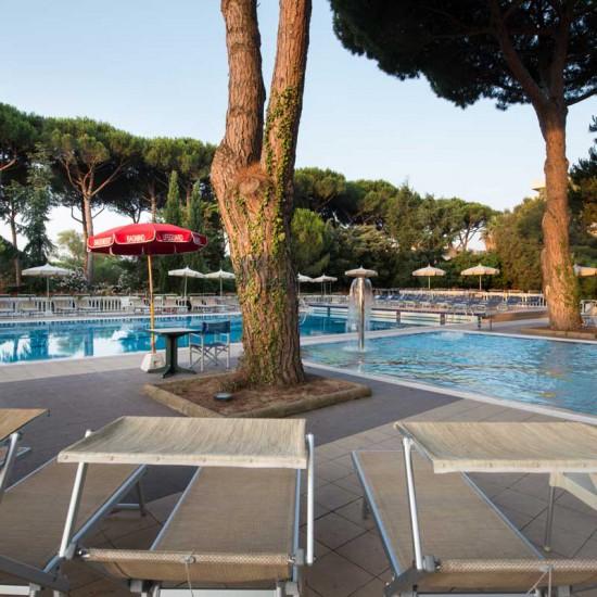hotel-marinetta-piscine-03