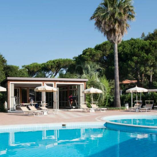 hotel-marinetta-piscine-04