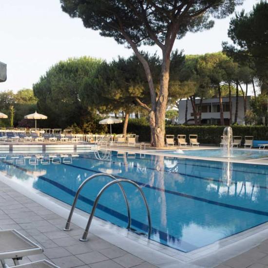 hotel-marinetta-piscine-05